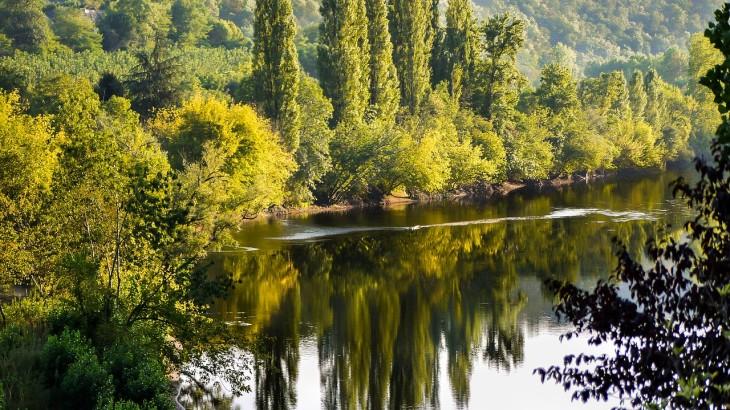 river-838745_1280