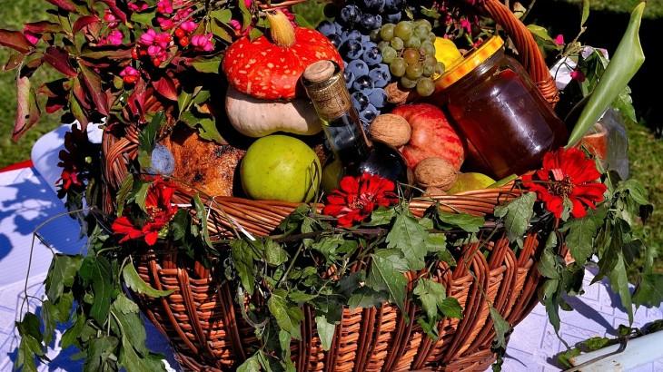 fruit-basket-391414_1280